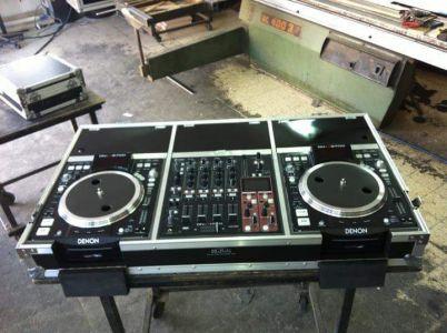 פלטת DJ