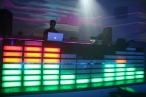 עמדות DJ מוארות